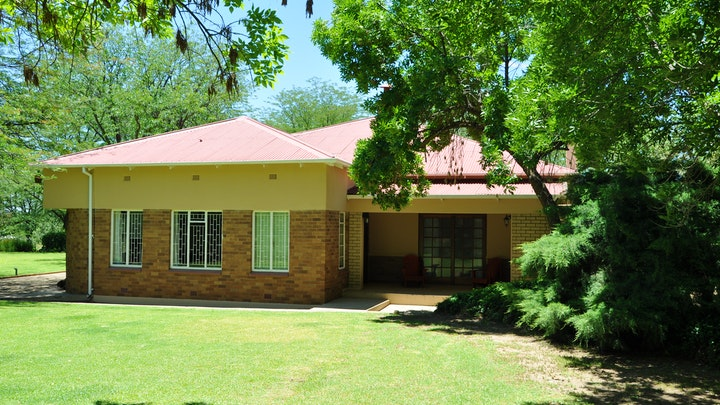 Karoo Accommodation at Perdeberg Guest Farm | TravelGround