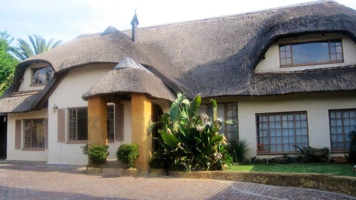 by All over Africa Gastehuis | LekkeSlaap