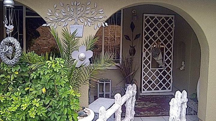West Rand Accommodation at Gute Nacht Guest House | TravelGround
