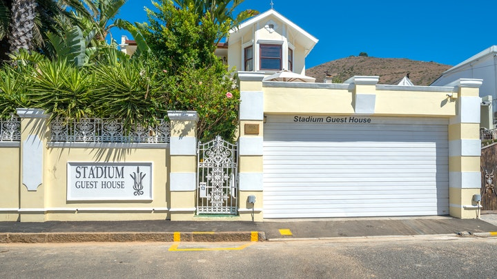 Green Point Accommodation at Stadium Guest House | TravelGround