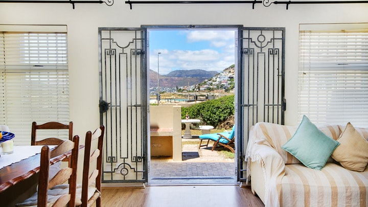 Glencairn Heights Accommodation at Glencairn Beach House | TravelGround