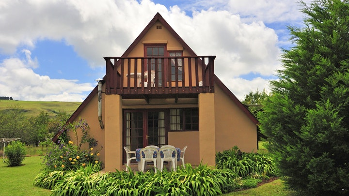 Champagne Valley Accommodation at Hill Billy Cottages   TravelGround