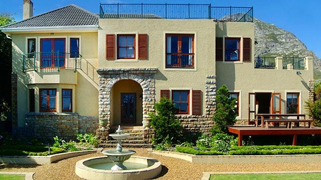 by Lavender Manor Guest Lodge | LekkeSlaap