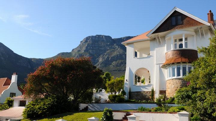 Oranjezicht Accommodation at Abbey Manor Luxury Guesthouse | TravelGround