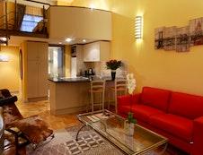 Alexande's 904 Apartment