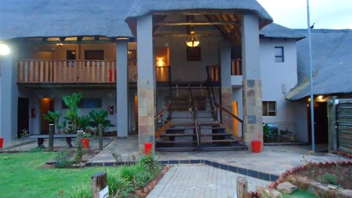 Dinokeng Accommodation at Gabbata Lodge | TravelGround