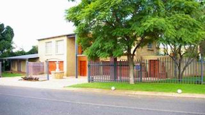 Pretoria-Oos Akkommodasie by Adams Eden Guest House | LekkeSlaap