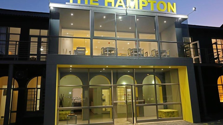 by The Hampton Exclusive Guest House | LekkeSlaap