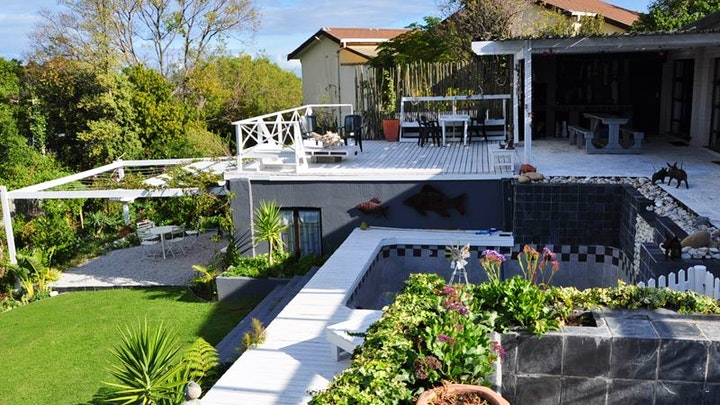 by Cloudscape Self-catering Accommodation | LekkeSlaap