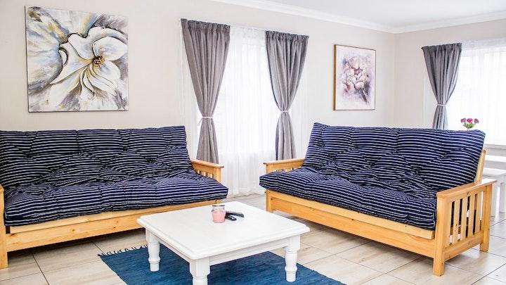 Newton Park Accommodation at Umoya Cottages Family Home | TravelGround