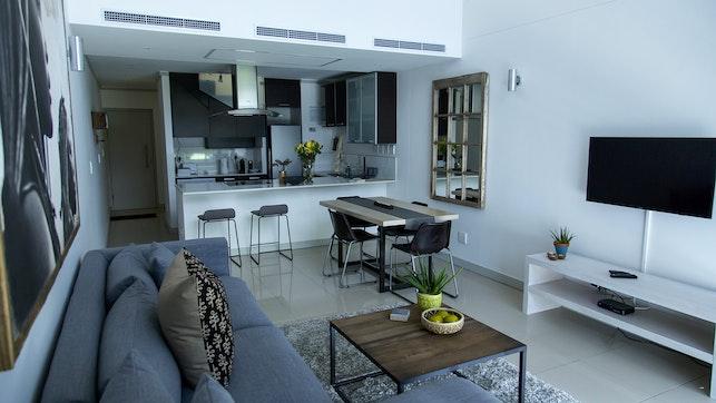 by The Quadrant Penthouse Apartment   LekkeSlaap