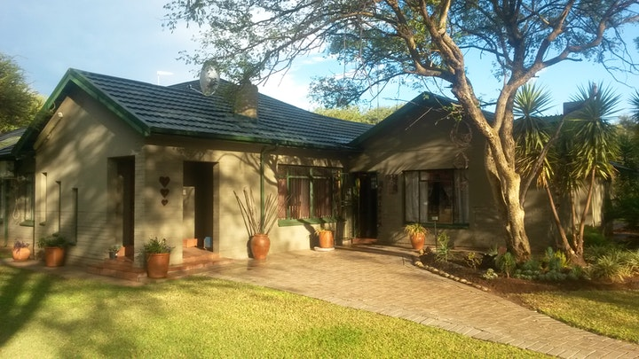 Northam Accommodation at Milton's Guesthouse | TravelGround