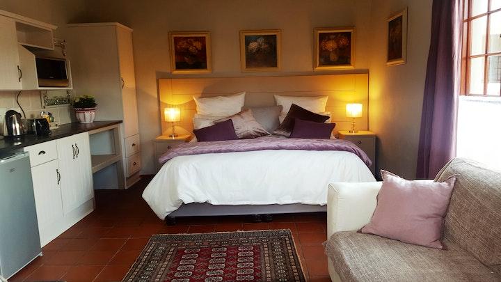 Nieu-Bethesda Accommodation at Meerkat | TravelGround