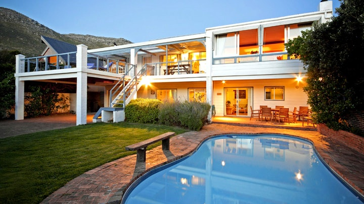Scarborough Accommodation at Atlantic Dream Beachfront Villa | TravelGround