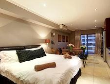 Aeicon Suite Bedroom
