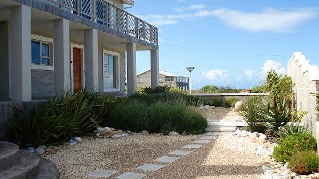 by Pearly Beach Garden Cottage | LekkeSlaap