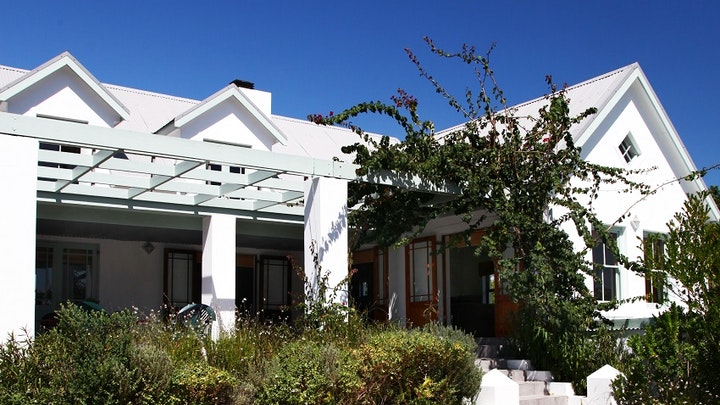 Stanford Accommodation at Stanford Country Cottages - Thula   TravelGround