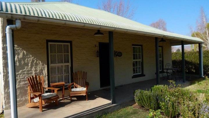at Rhodes Cottages- Bellbrook   TravelGround