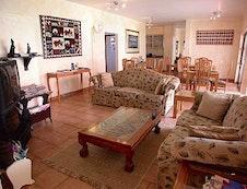 Lounge & Dinning Area