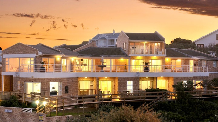 Port Alfred Accommodation at Kellys Beachfront Apartments | TravelGround