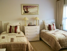 Riesling Twin Bedroom