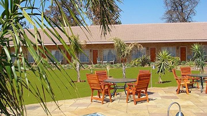 Pomona Accommodation at Avant Garde Lodge | TravelGround