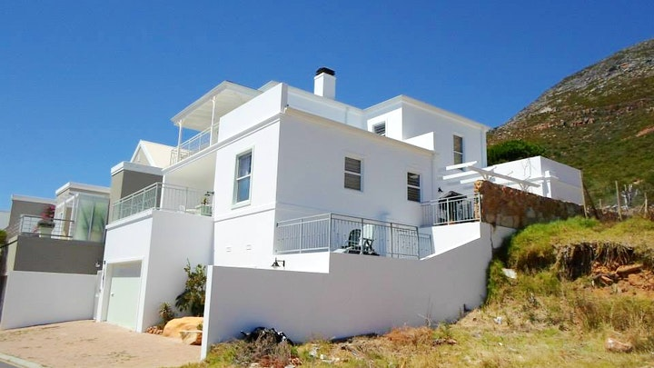 Seaforth Accommodation at Lighthouse Apartments | TravelGround