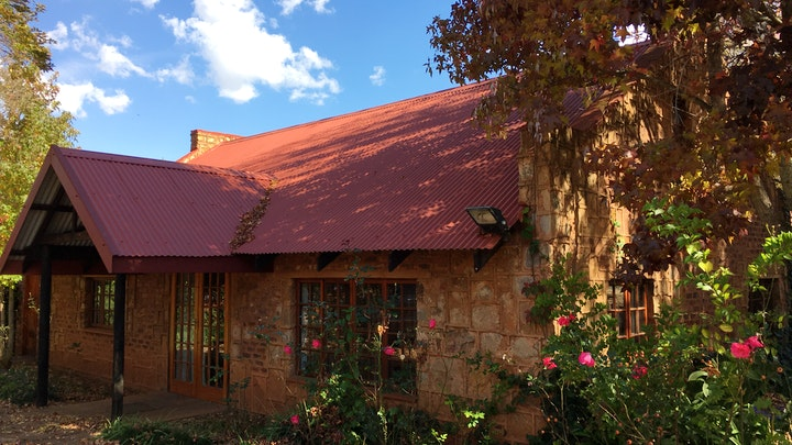 by Critchley Hackle Lodge - Managers Cottage | LekkeSlaap