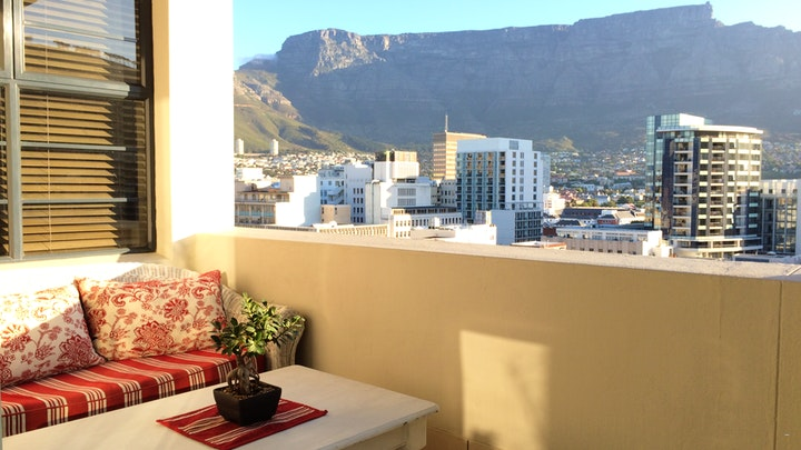 Kaapstad Middestad Akkommodasie by Apartments 67 on Long Street | LekkeSlaap