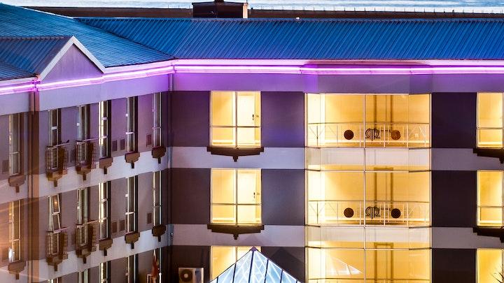 Humerail Akkommodasie by Paxton Hotel | LekkeSlaap