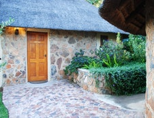 Protea Cottage outside