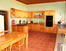 Fully equipped kitchen with underfloor heating