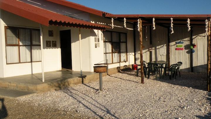 by Honne-Hemel Self-catering Accommodation: Bacchus | LekkeSlaap