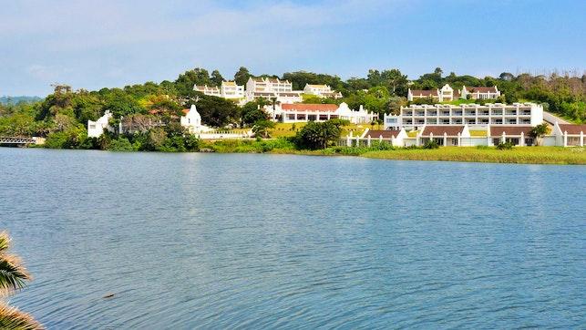 by The Estuary Hotel & Spa | LekkeSlaap
