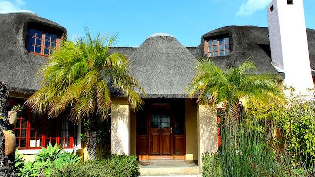 by INkosi Eco Lodge | LekkeSlaap