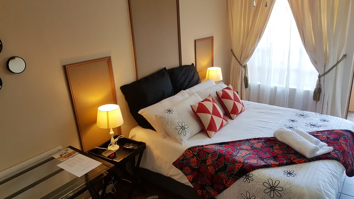 Zwartkop Accommodation at Fantasties Guesthouse | TravelGround