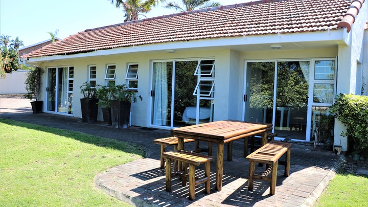 Blue Bend Accommodation at Reef View East London | TravelGround