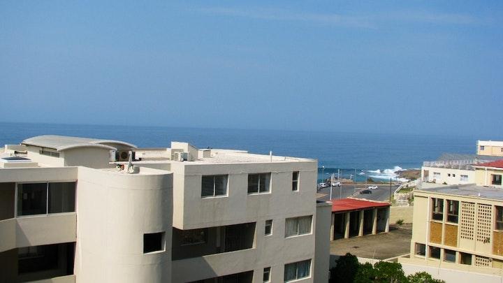Margate Beach Akkommodasie by Santorini Unit A   LekkeSlaap