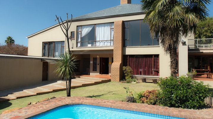by Johannesburg Alberton-Tulbagh Guest House | LekkeSlaap