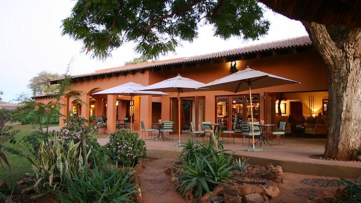Madikwe Wild Reservaat Akkommodasie by The Bush House | LekkeSlaap