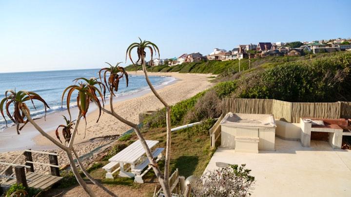 Wavecrest Akkommodasie by Chichi's Beach Accommodation | LekkeSlaap