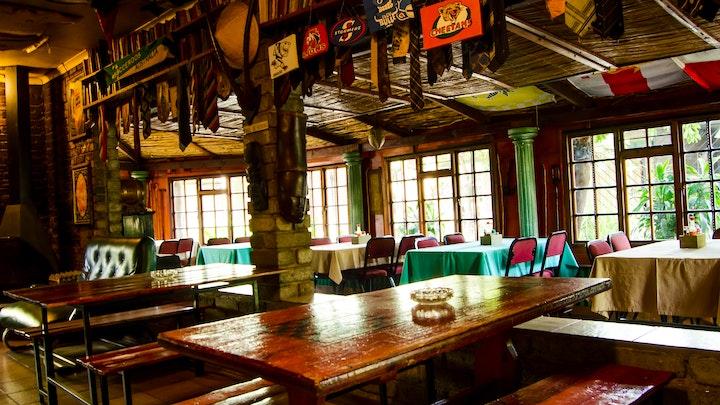 Rustenburg Akkommodasie by Travellers Inn | LekkeSlaap