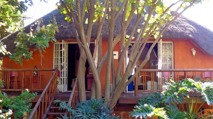 Pretoria SSB Akkommodasie by TreeTops & Treats Guest House | LekkeSlaap