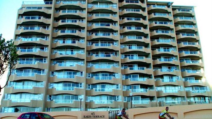 Van Ryneveld Accommodation at Blake's Terrace 201 | TravelGround
