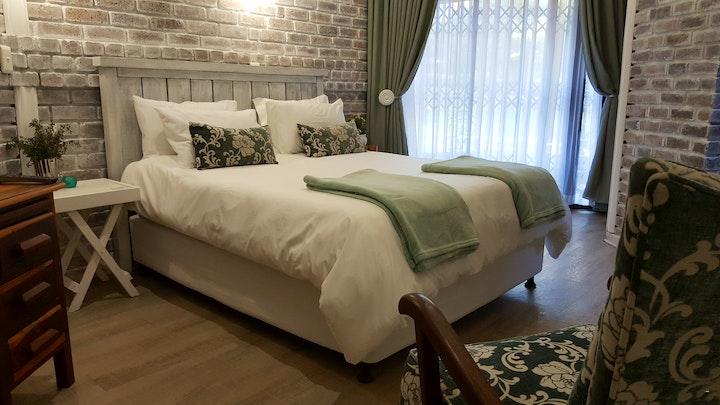 Kiepersol Accommodation at Le Bonheur Guest House | TravelGround