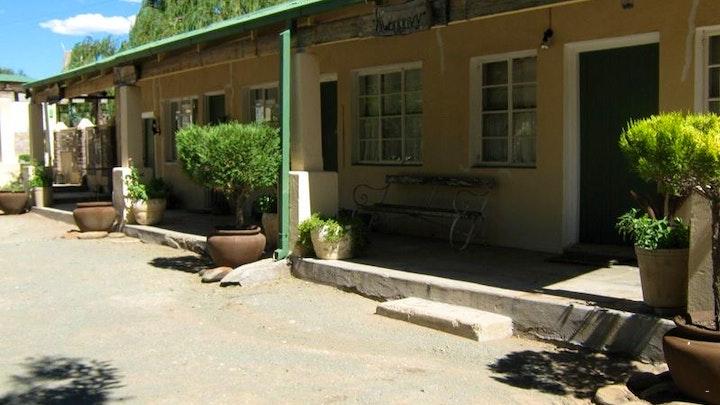 Hanover Akkommodasie by Bushman Rock Karoo Guesthouse | LekkeSlaap