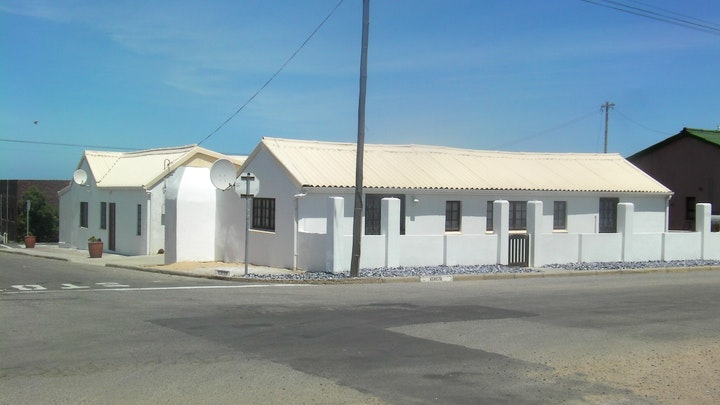 Lamberts Bay Accommodation at Languedoc Verblyf | TravelGround