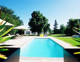 Bloomestate pool