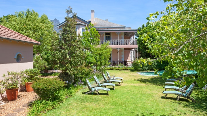 Mowbray Accommodation at Medindi Manor | TravelGround