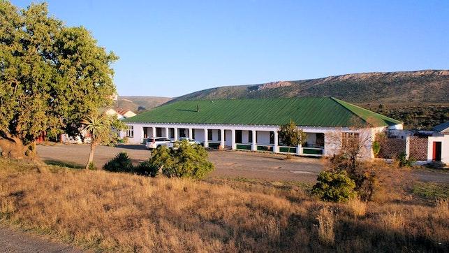 by Wolwefontein Hotel   LekkeSlaap